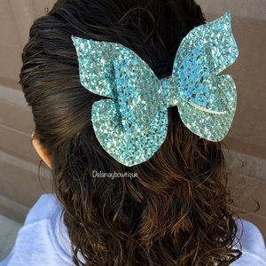 Butterfly hair Bow🦋